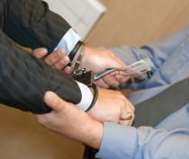В Крыму следователю пытались дать взятку в размере 150 тысяч рублей