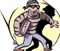 В Феодосии полиция задержала серийного магазинного вора, промышлявшего кражей одежды и парфюмерии