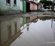 Из-за непогоды в Джанкое затопило полтора десятка домов