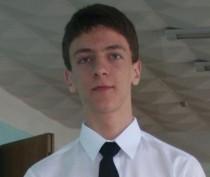 В Крыму пятый день ищут пропавшего 19-летнего парня (ФОТО)