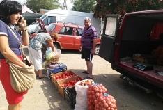 Новость. Город: Феодосия - Жители Приморского получили предписания за нарушения правил благоустройства и стихийную торговлю