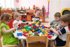 Новость. Город: Феодосия - Треть феодосийских дошколят в возрасте от трех лет, нуждающихся в дошкольном образовании, в этом году не попадут в детсады региона