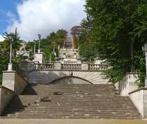 Путин и Медведев озаботились ремонтом Митридатской лестницы в Керчи