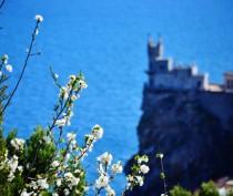 Более 160 тысяч туристов отдохнули в Крыму на майские праздники