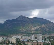 Режим чрезвычайной ситуации введен в горных районах Крыма из-за высокой пожароопасности