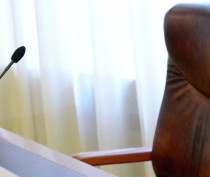 Аксёнов пообещал увольнения в региональном правительстве и муниципалитетах до 1 сентября