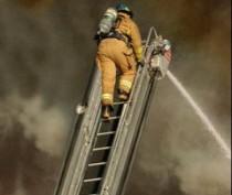Спасателям нужна большая лестница