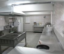 Новости Феодосии: Подрядчики сорвали сроки работ по ремонту пищеблоков в школах Феодосии