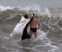 Феодосийцы смогут окунуться в крещенскую воду