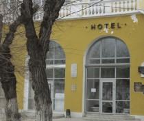 Новости Феодосии: Феодосийская «Астория» посыпалась