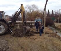 В Коктебеле демонтируют незаконные врезки в канализацию
