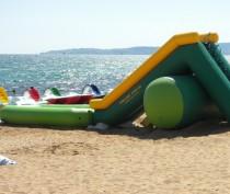Новости Феодосии: Власти Феодосии пообещали: нелегальной торговли и лишних батутов этим летом у моря не будет