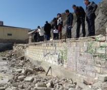 Коктебелю указали на грязные пляжи и хаотичную расклейку объявлений в поселке (ФОТО)
