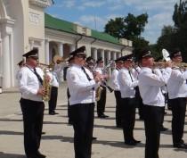 Новости Феодосии: В Феодосии выступили военные оркестры