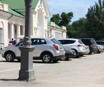 Новости Феодосии: Автостоянка на привокзальной площади Феодосии