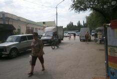 Новость. Город: Феодосия - Власти Феодосии усиленно борятся с автомобилями на привокзальной площади
