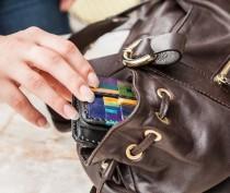 Новости Феодосии: Феодосийка нашла сумку с личными вещами мужчины