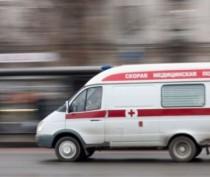 В Керчи перевернулся автомобиль: два человека получили травмы