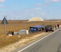 В Ленинском районе перевернулся грузовик