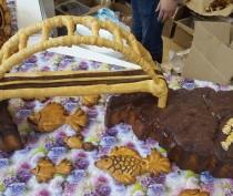Крымские пекарииспекли копию арки моста через Керченский пролив