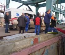 Находившийся в бедственном положении экипаж иностранного судна сошел на берег