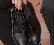 Феодосийцу грозит срок за похищенные из магазина туфли и кроссовки