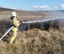 В окрестностях Коктебеля дважды за один день тушили горящую траву