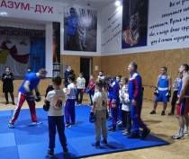 Депутат Госдумы Дмитрий Пирог встретился с юными керченскими спортсменами
