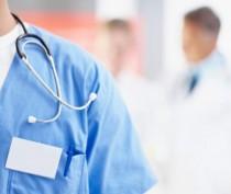 В Крыму медики дефицитных специальностей получат ежемесячные надбавки