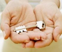 В Феодосии сироте должны выделить жилье