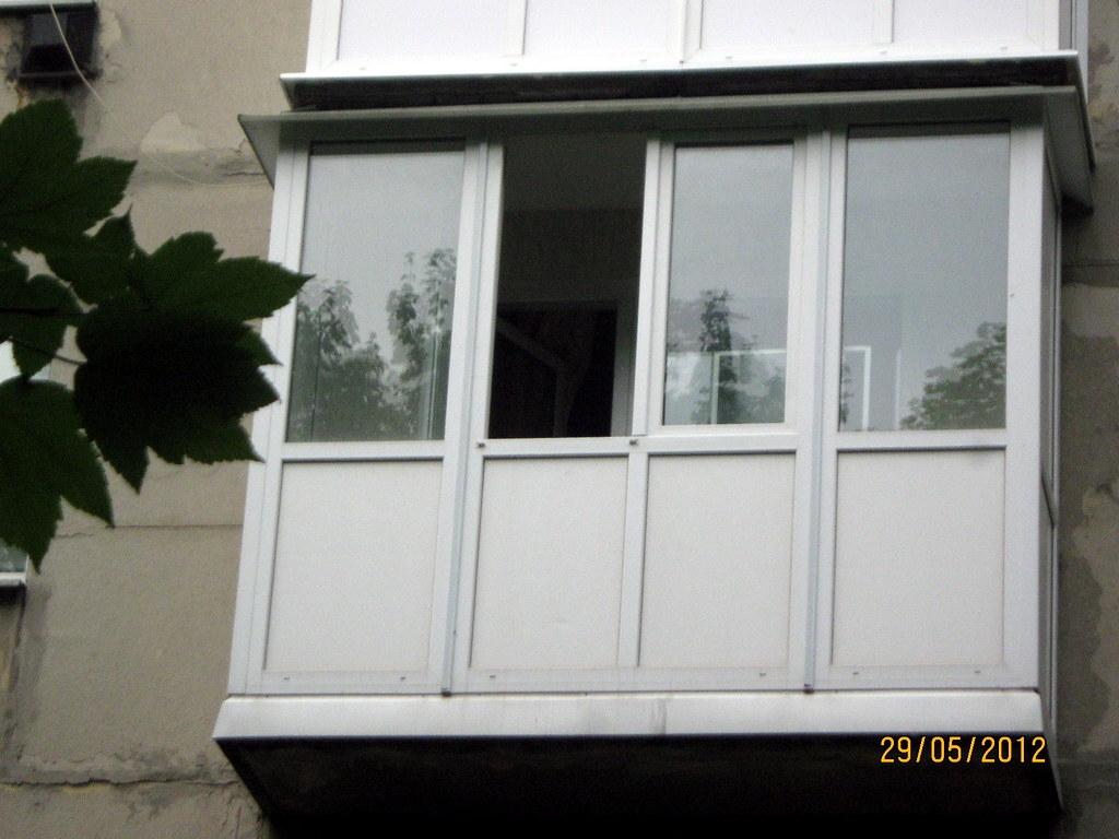 Балкон от пола металлопластиковый